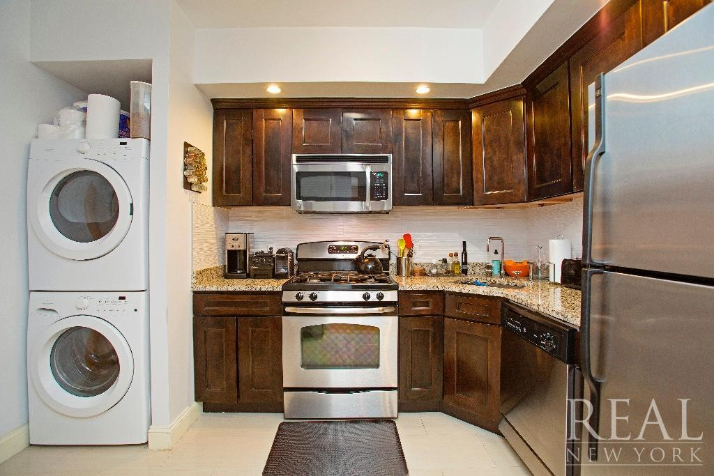 479 4th Avenue - Kitchen and Laundry